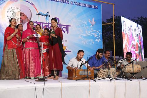 Devotional song by Phoolwanti and Saathi from Vishakhapatnam, Andhra Pradesh