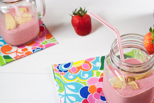Strawberry Rhubarb Pie Milkshake