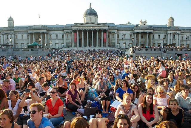 Trafalgar Square during the live relay of Tosca on BP Big Screens. © ROH / Elliott Franks 2013