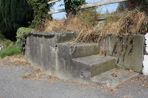 Stondin Laeth, Pentre, Capel Bangor