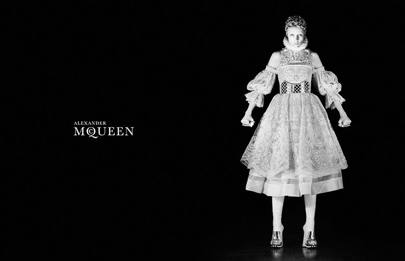 edie-campbell-for-alexander-mcqueen-fallwinter-20132014-by-david-sims-1