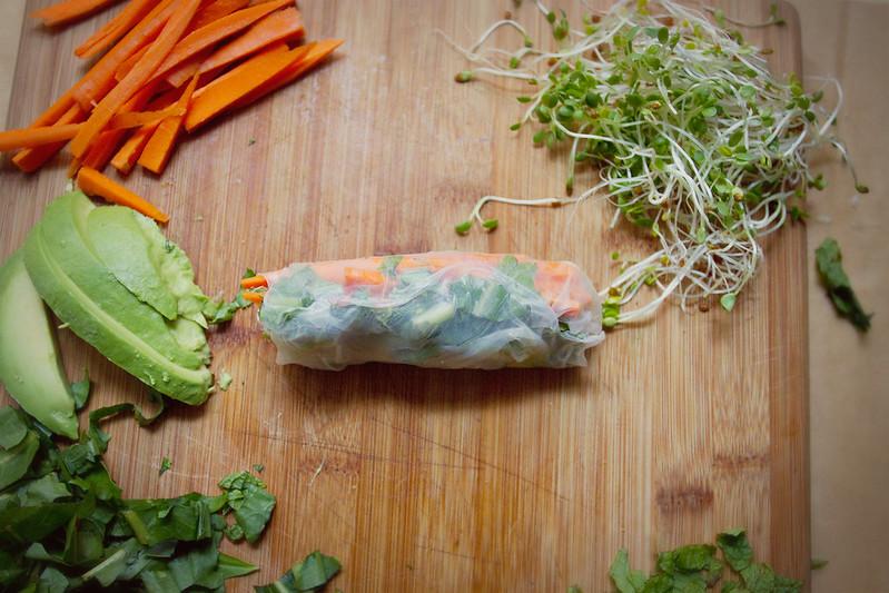 Little Market Kitchen: Avocado Summer Rolls with Spicy