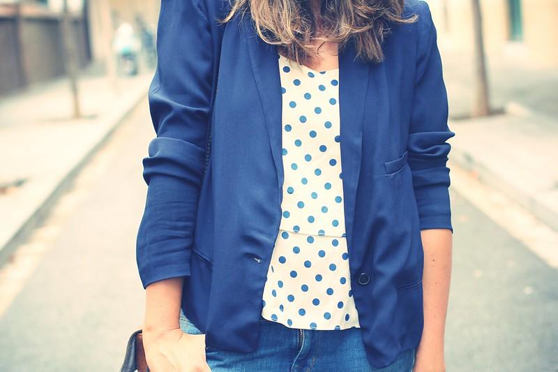 Look blazer azul + topos