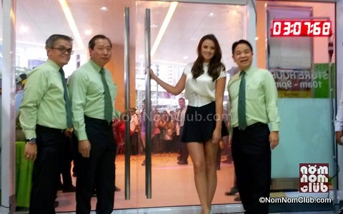 Georgina WIlson w/ SM Hypermarket Executives