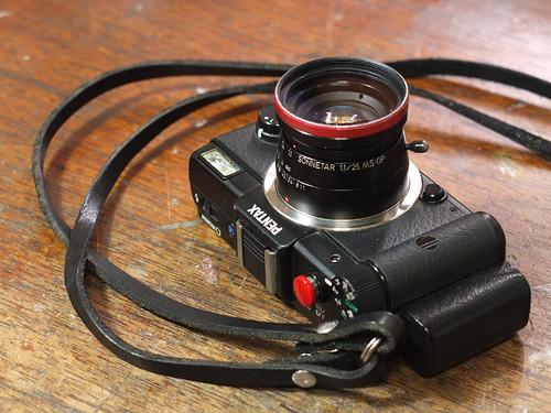 PENTAX Q + SONNETAR 50mm f1.1_01