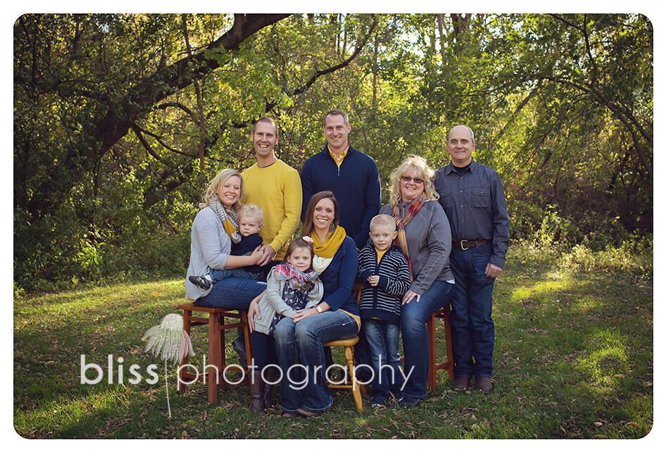extended family navy yellow bliss photography--2