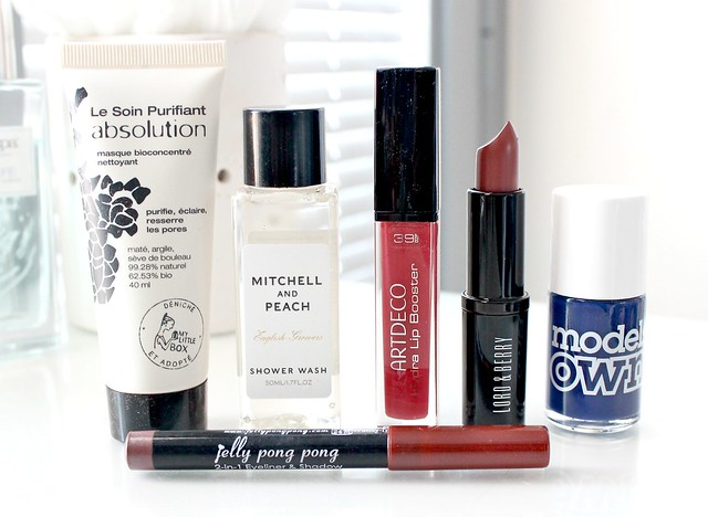 November Love Me Beauty Box 3