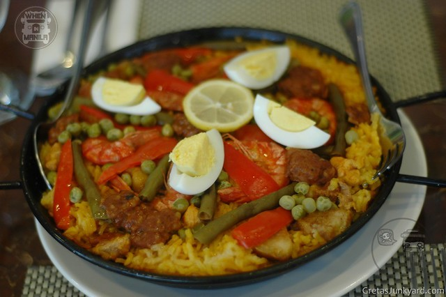 galli village cafe paella