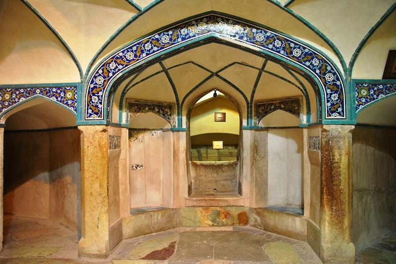 207 Antiguos Baños en la plaza Central de Kerman (7)