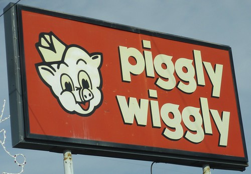 Piggly Wiggly Sign (Dadeville, Alabama)
