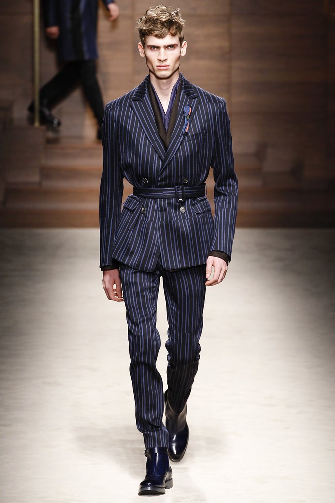 FW14 Milan Salvatore Ferragamo032_James Gatenby(VOGUE)