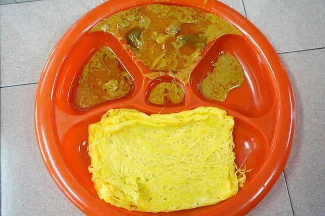 Halal breakfast in Penang Astaka Taman Tun Sardon-020