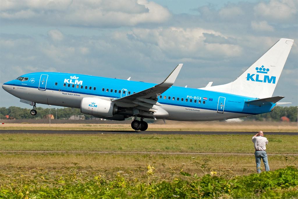 PH-BGX - B737 - KLM