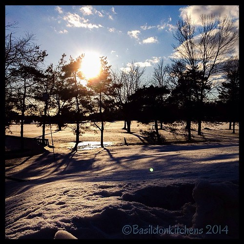 15/3/2014 - evening {I love that it is still light out...even if it's darned cold!} #evening #fmsphotoaday #winter #cold #snow #sunshine #sunset #whereisspring #princeedwardcounty