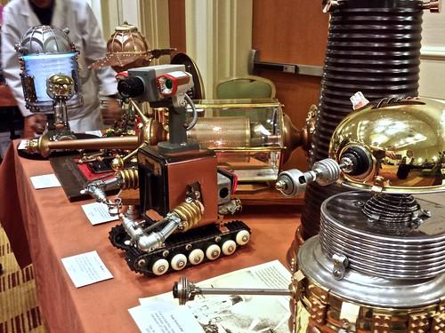 ROBOTS!!!