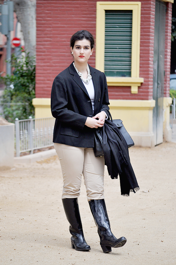 something fashion blog moda valencia spain, jardin de las hesperides, horsing outfit vintage jacket, braid hairstyle inspiration hermes birkin, rain boots fashion spain