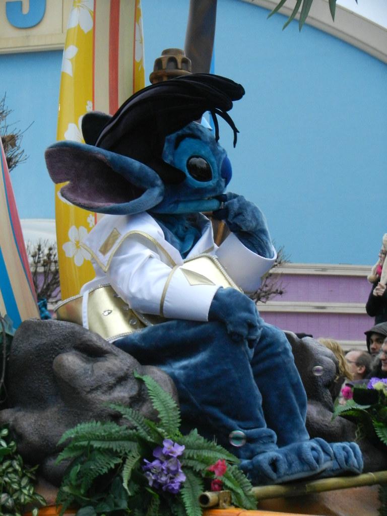 Un séjour pour la Noël à Disneyland et au Royaume d'Arendelle.... - Page 7 13902836225_884e6dc0dc_b