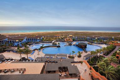 Hotel de la marca en la playa de Jandía (Fuerteventura) (Foto cortesía de Barceló).