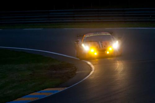8 Star Motorsports Ferrari 458 Italia GT2 bei Porsche Kurve