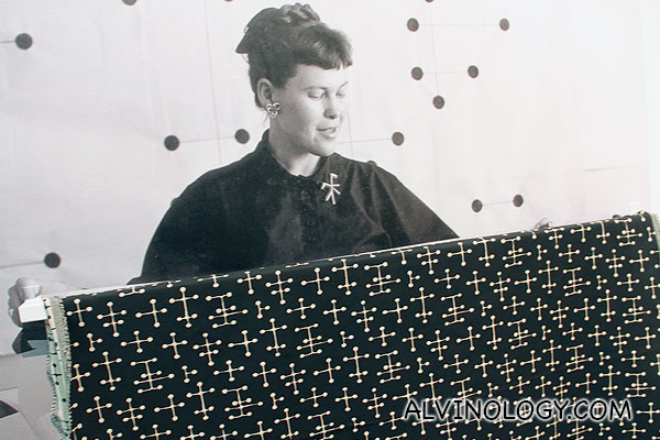Molecular fabric pattern designed by Ray Eames
