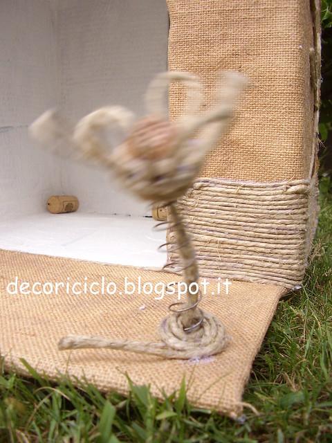 cuccia riciclosa di Gina 8 il fiore in movimento