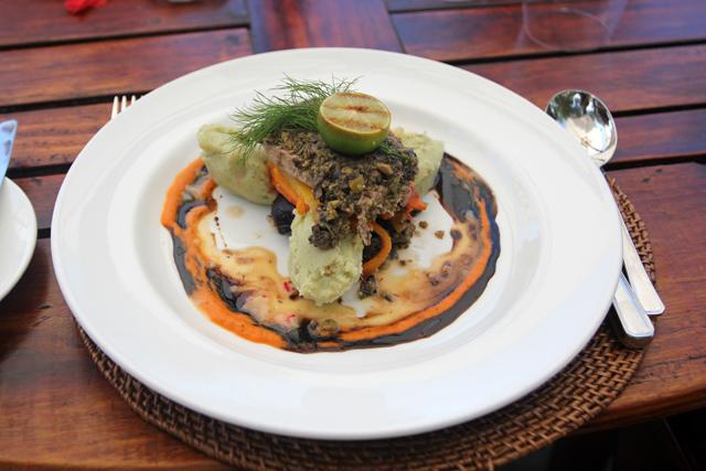 Olive crusted tuna