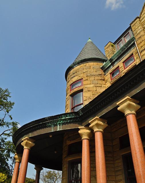 Dooley Mansion