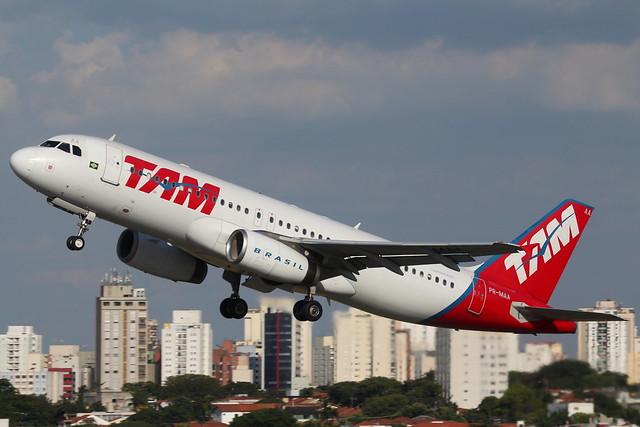 TAM | Airbus A320 @ CGH