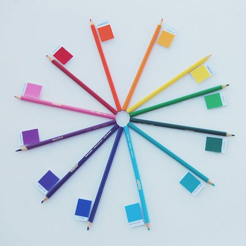 color wheel [color intensive]