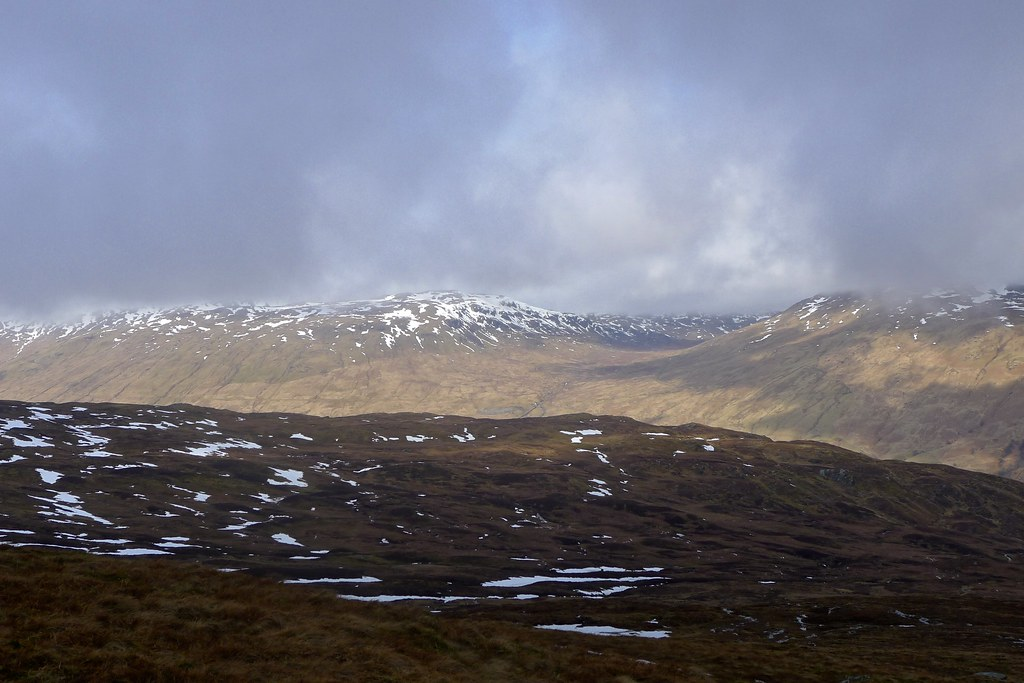 Towards the Lairig nan Lunn