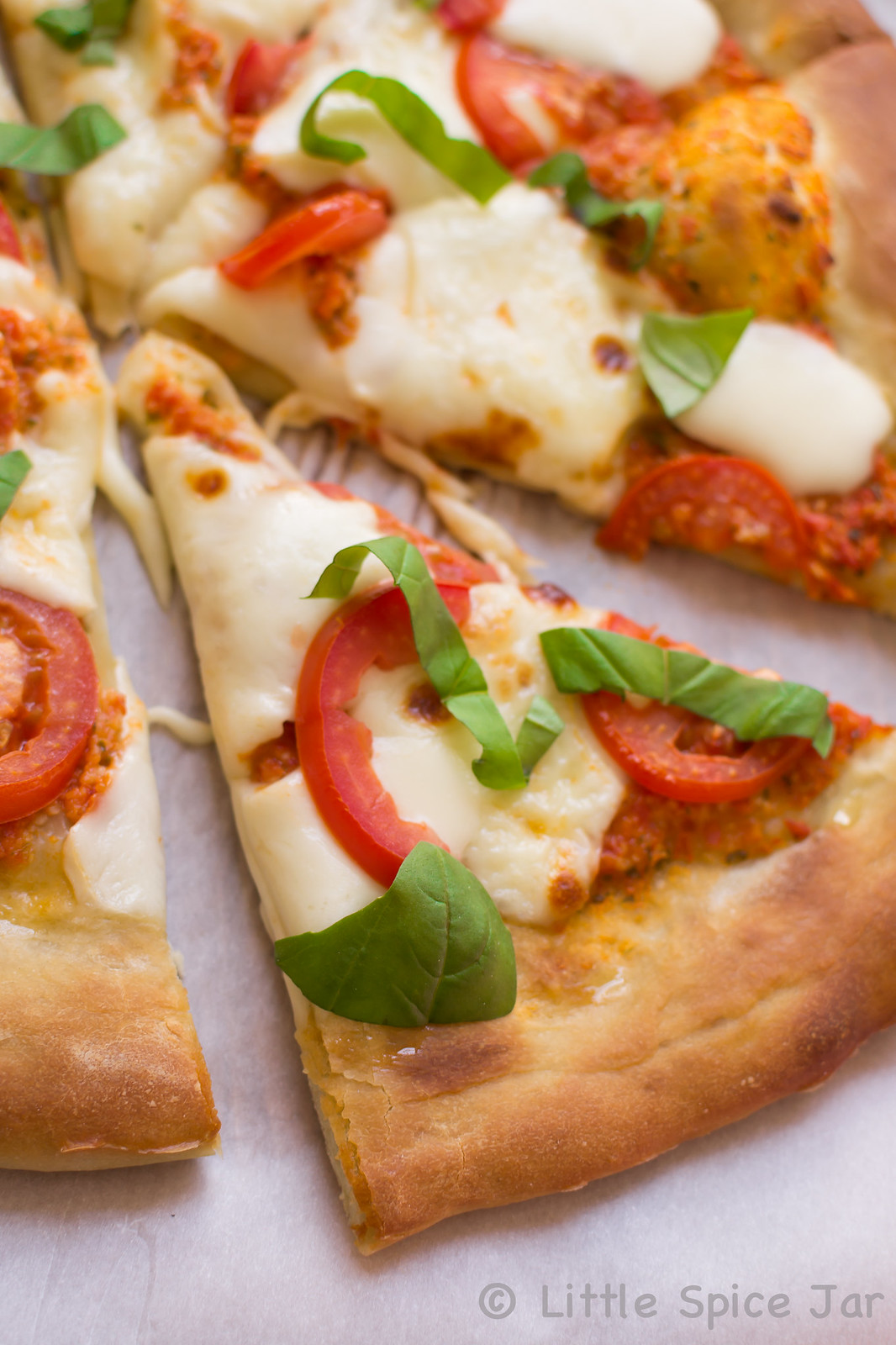 Easy Margherita Pizza 5-2