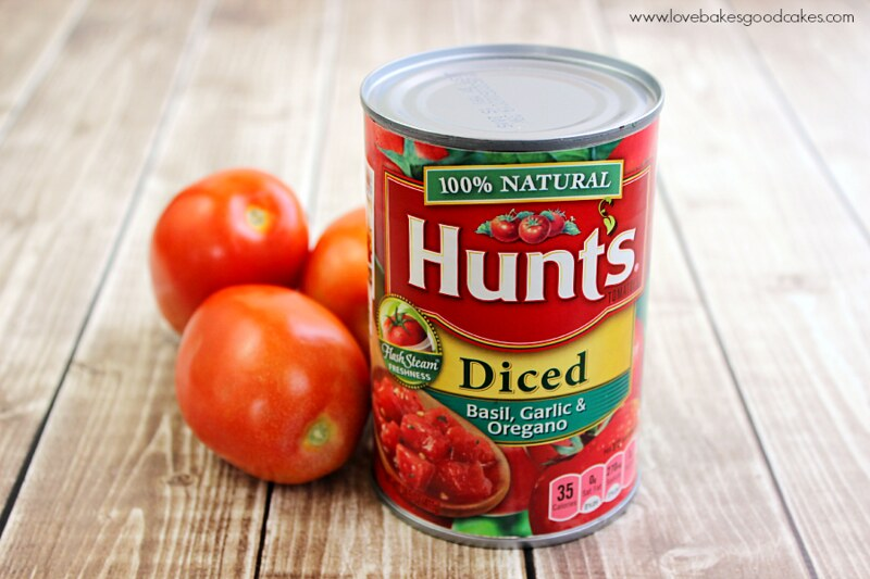 Creamy Italian Parmesan Tomato Soup with Hunt's tomatoes - the best canned tomatoes #DinnerDone #shop