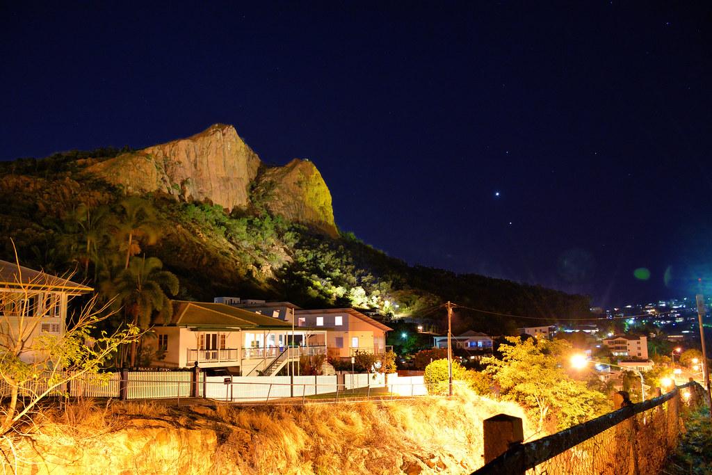 Castle Hill, Venus and Jupiter