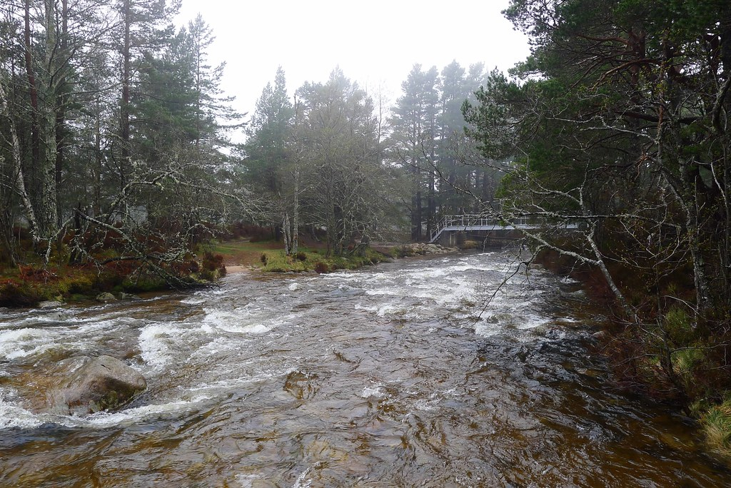 Near the Cairngorm Club Footbridge