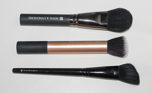 Essential Face Make Up Brushes