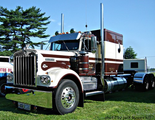 Kenworth Classic Long Hauler
