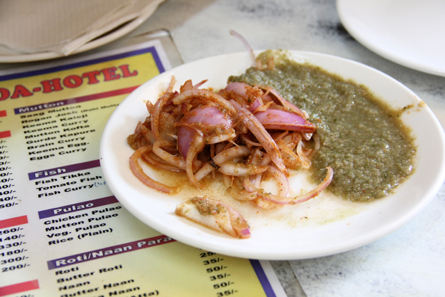 Onions and green sauce