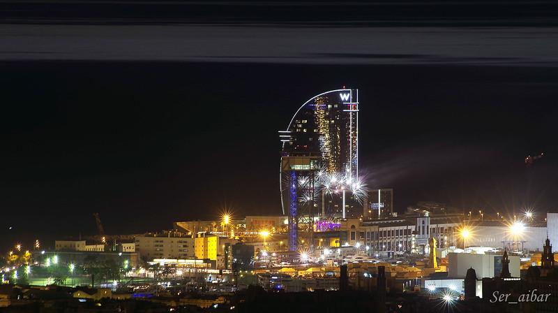 Barcelona fuegos artificiales en la noche de san juan for Noche hotel barcelona