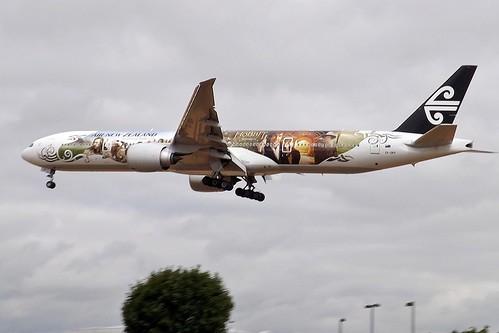 ZK-OKP Boeing 777 Air New Zealand Hobbit