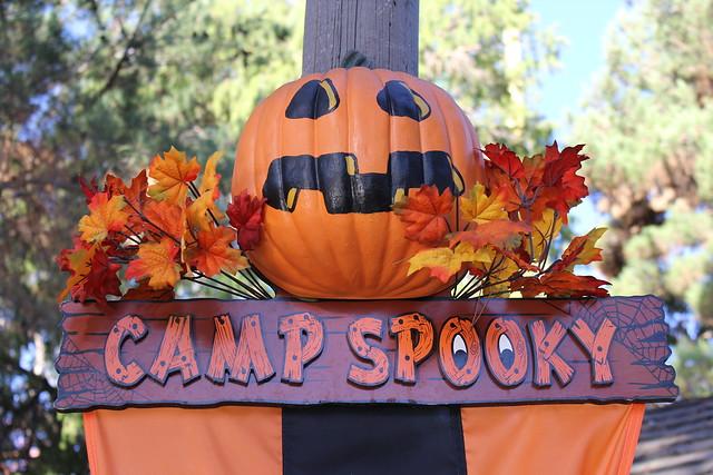 Knott's Berry Farm #CampSpooky
