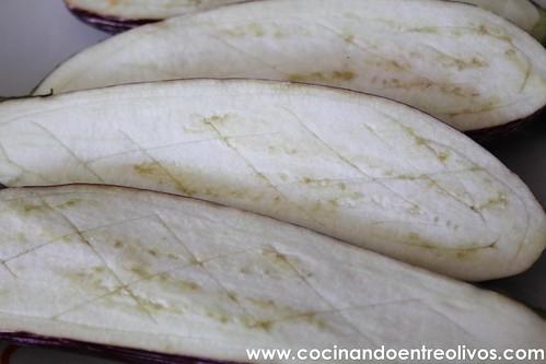 Berenjenas rellenas de Arroz Thai Sundari (2)