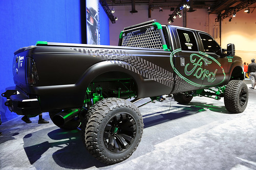 03-kelderman-super-duty-sema-2012