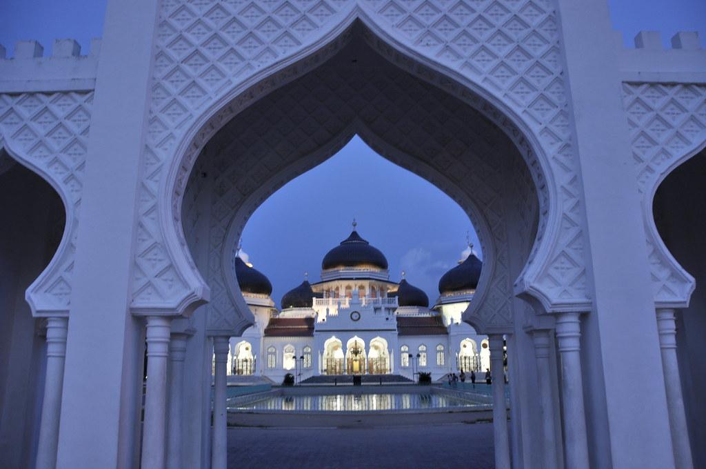 Masjid Baiturrahman Pada Saat Subuh