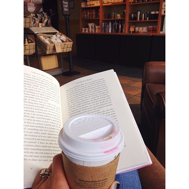 m o r n i n g || Starbucks is a good place. husband meets with his clients and I tag along so I can happily drink my vanilla latte and read in a comfy chair. everybody's got to do their part, right?  #instagood #igdaily #bookaddict #coffeeaddict