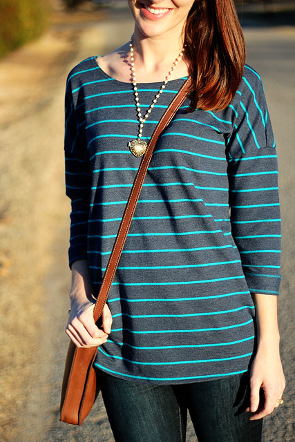 striped-sweatshirt-and-jeans-6
