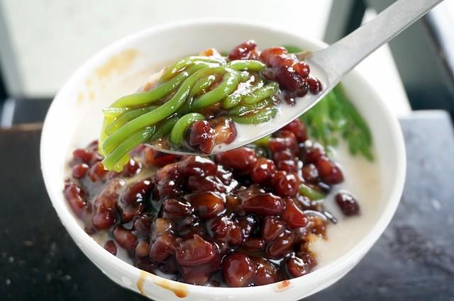 Best of Halal- Lorong Seratus Tahun, SS2-004