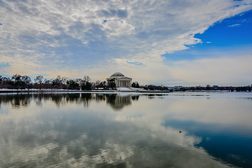 winter usa lake reflection ice monument water clouds america reflections river frozen us dc washington pond districtofcolumbia memorial with unitedstates cloudy thomas president basin american potomac jefferson tidal ilobsterit