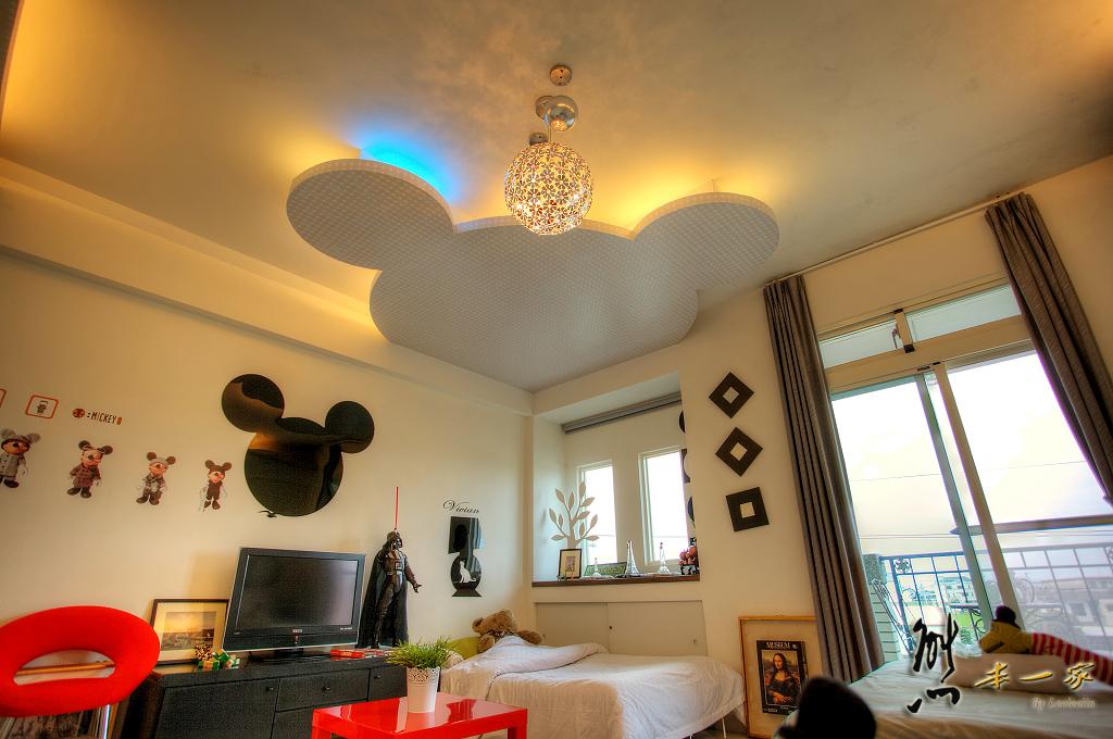 宜蘭羅東時尚情侶、親子住宿|巴黎左岸民宿