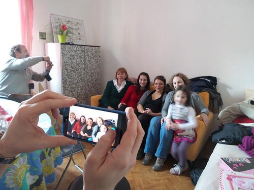 Fotografando le ragazze, tranne la piccola by Ylbert Durishti