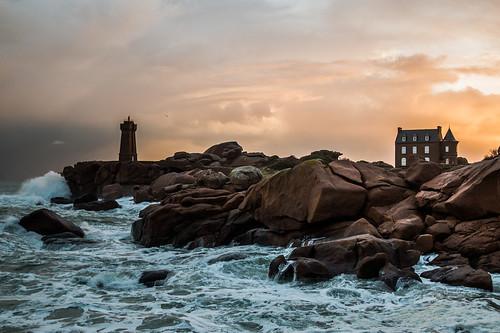 sea mer seascape france water sunrise canon eos brittany rocks wave bretagne tamron cotes ploumanach littoral darmor 70d 500px ifttt